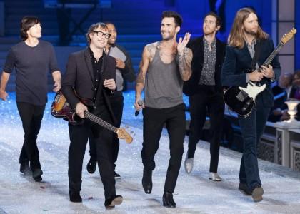 Maroon 5: in poche ore il nuovo album è già in vetta su iTunes