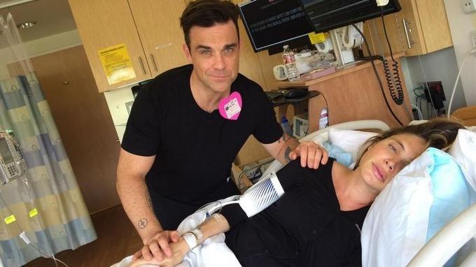 Robbie Williams papà bis e l'ospedale si trasforma in uno show